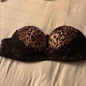 VS Bombshell strapless bra